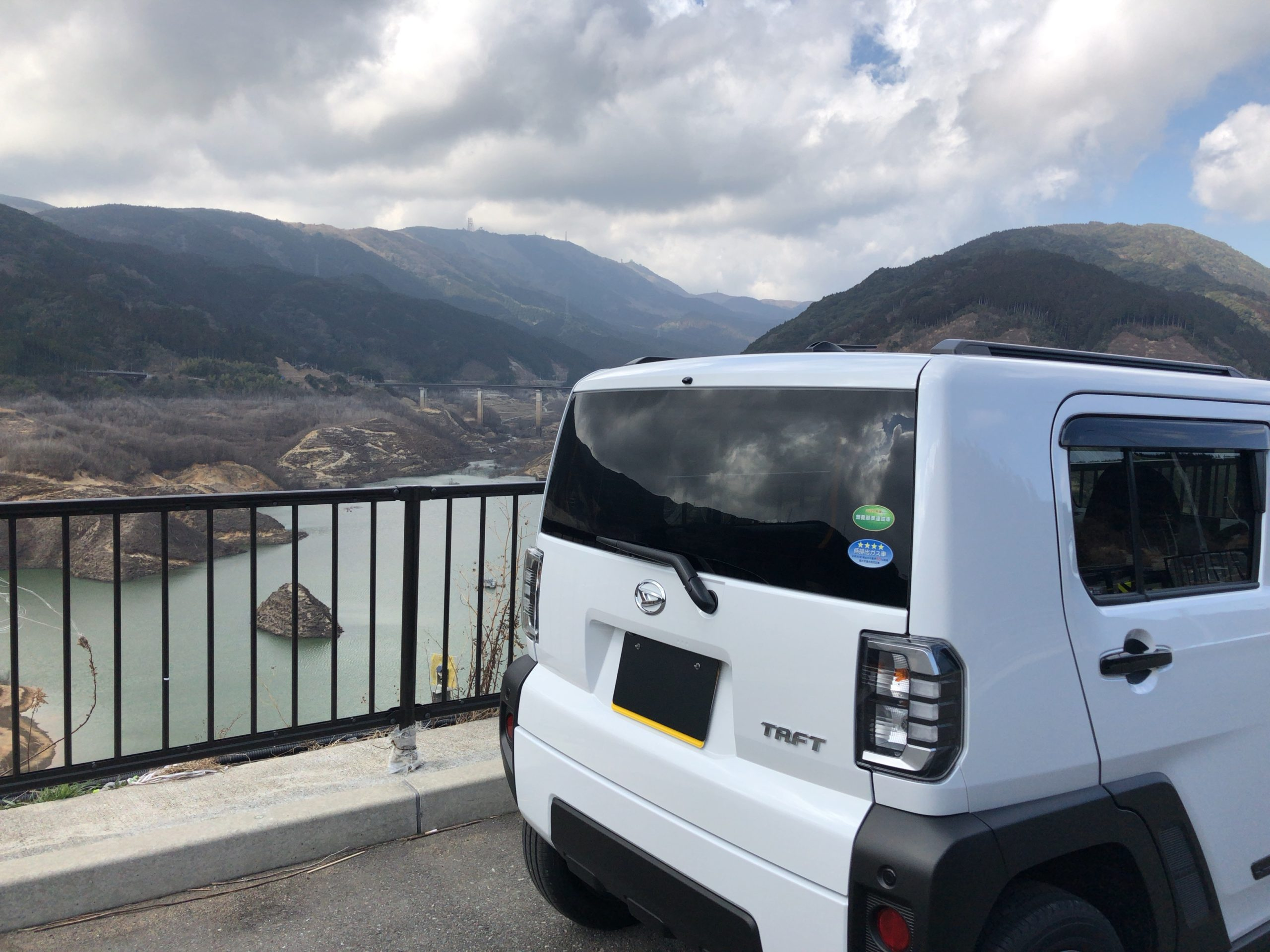 ダイハツ タフト 五ヶ山ダム